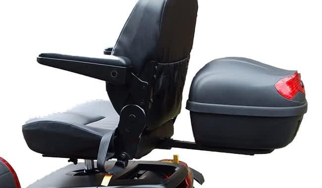 Siège du scooter pour senior et personne handicapée avec top-case