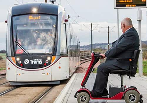 Apercu des Accessoires et Equipements pour plus de Confort & Protection de Scooter Electrique Loisir ou Senior, Handicape et a Mobilite Reduite